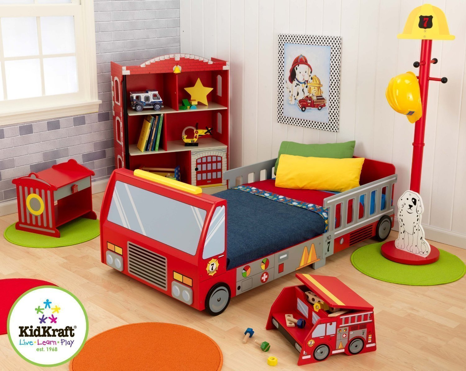 Full Review of KidKraft Fire Truck Toddler Bed 10